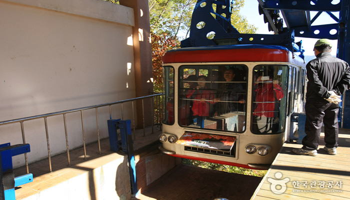 1276403_imageANaejangsan Mountain Cable Car2_1
