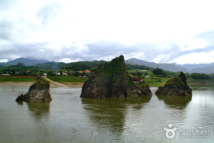 Eight Scenic Views of Danyang