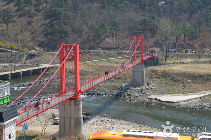 Steam Engine Train and Rail Bike along Seomjingang River_4